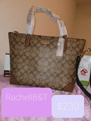 Coach cartera for Sale in Arlington, VA