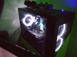 CyperPower Gaming Pc (w/ transferrable Geek Squad Accidental Protection) for Sale in Glendale, AZ