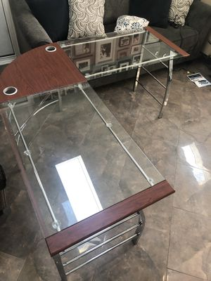 Glass corner unit desk for Sale in Chicago, IL