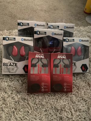 Wireless earbuds and head phones 2 for $50 for Sale in Oxon Hill, MD