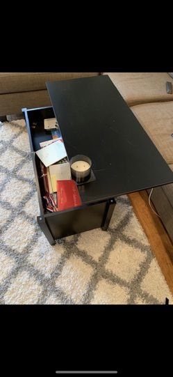 Lift Off Coffee Table for Sale in Chicago,  IL