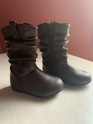 Children's place baby girl boots for Sale in Veradale, WA