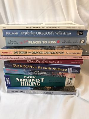 Hiking Books. Outdoor books. Pacific Northwest. Hikes with kids. Places to Kiss. Campgrounds. Escapes. Weekend Getaways! for Sale in Battle Ground, WA