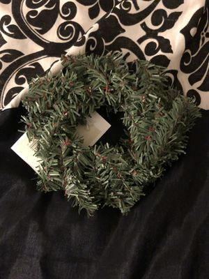 Mini pine wreath- 38 pcs for Sale in Hayward, CA