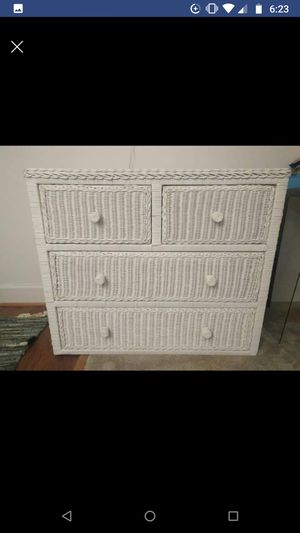 White wicker bedroom furniture (chest of drawers, vanity/desk, mirror, stool) for Sale in Oakton, VA