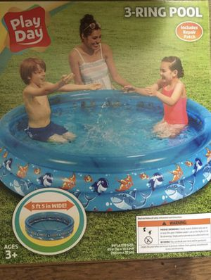 New PlayDay 3-Ring Inflatable Kids Swimming Pool - 5ft for Sale in Richmond, VA