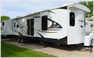 2014 Forest River Sandpiper 402QB Travel Trailer for Sale in Plant City, FL