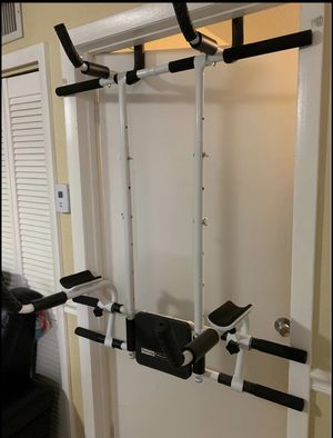 Pull up bar for Sale in Cutler Bay, FL
