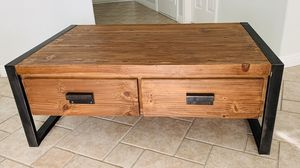 coffee table $140/ no delivery /no holds/ OBO for Sale in Las Vegas, NV