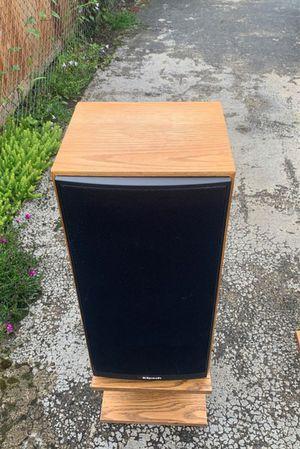 Klipsch 3.2 vintage speakers for Sale in Marshfield, MO