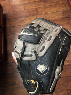 "Nike 12"" Baseball Softball Glove Real Leather for Sale in Fresno, CA"