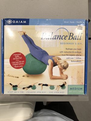 Gaiam Balance Ball Beginners Kit Size M for Sale in Los Angeles, CA