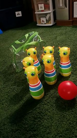 Melissa and dough bowling set for Sale in Kansas City, MO