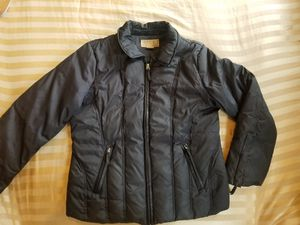 Womens Michael Kors Down Jacket (L) for Sale in Boston, MA