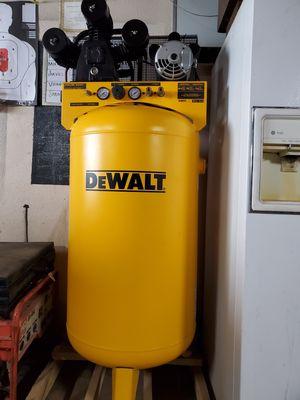 Dewalt compressor for Sale in Fowler, CA