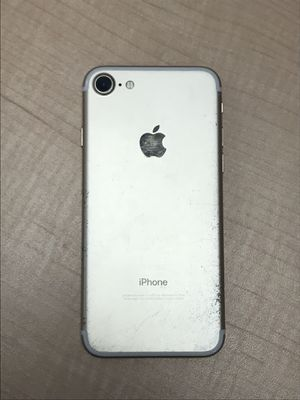 iPhone 7 128gb Sprint/Boost for Sale in Virginia Beach, VA