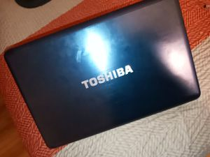 TOSHIBA Satellite L775D-S7340 Windows 7( Laptop ) for Sale in South Gate, CA
