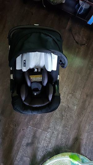 Doona Car Seat & Stroller for Sale in Duncanville, TX