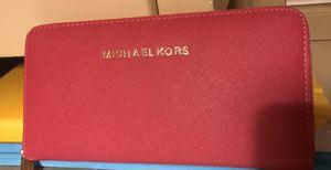 Pink Michael kors wallet for Sale in North Little Rock, AR