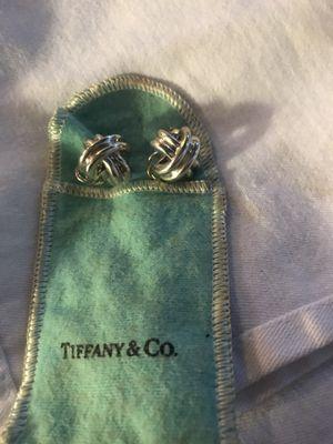 TIFFANY CRISS CROSS LEVER BACK EARRINGS for Sale in Oakley, CA