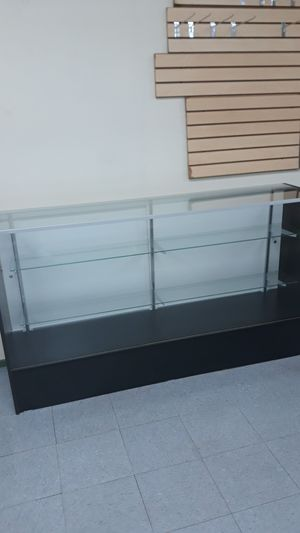 Glass display case,never used for Sale in Montgomery, AL