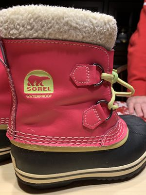 Sorel waterproof Snow boots (Size 13) for Sale in Rockville, MD