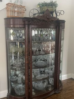 Vintage China Cabinet for Sale in Irvington,  NY