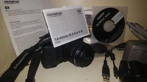 (Obo) Olympus m10 camera and lense for Sale in RAISINVL Township, MI