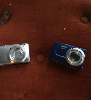 Two very nice cameras need batteries for Kodak easy share it and 340 and I Nikon digital camera call pics model number S 6300 selling for $60 for Sale in Sweet Home, OR