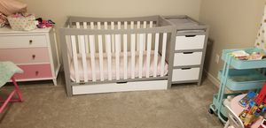 Graco Remy Crib with attached Changing Table for Sale in La Center, WA
