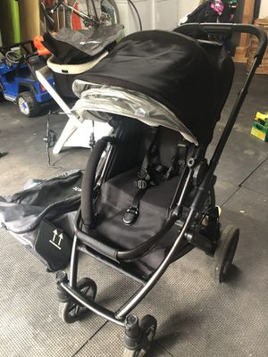 SET- Uppa baby vista with bassinet, travel bag, piggyback, car seat attachment for Sale in Calabasas, CA