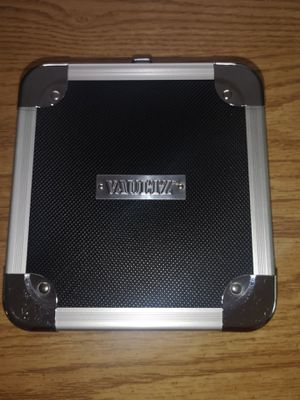 Vaultz CD Case for Sale in Pittsburgh, PA