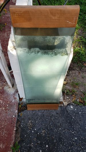 """50 Pieces Glass Shelving and Brackets. 12"""" x 36"""" x 3/16"""" for Sale in Oakland Park, FL"""
