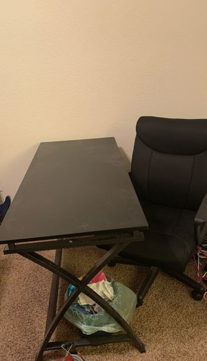 Desk chair and drawer set for Sale in Selma, CA