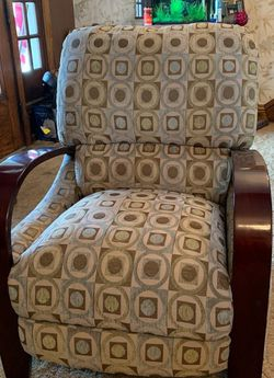 Recliner Chair for Sale in Uniontown,  PA