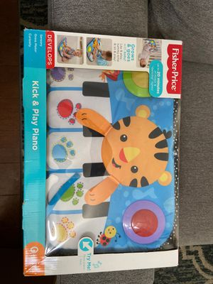 Fisher Price Kick & Play Piano for Sale in Paramount, CA