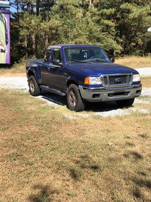 2004 ford ranger xlt 4x4 super cab 2 door v6 4.0 engine for Sale in Winder, GA