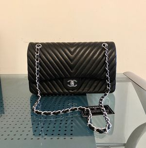 (Black) Chanel handbag for Sale in Silver Spring, MD