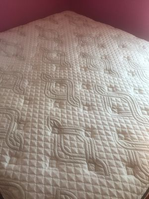 king mattress for Sale in Henrico, VA