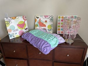 girl's bedroom accessories and twin bedding set for Sale in Kirkland, WA