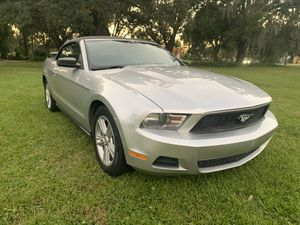 2010 Ford Mustang convertible for Sale in Kissimmee, FL