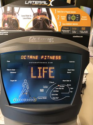 Octane Fitness LX8000 for Sale in Riverview, FL