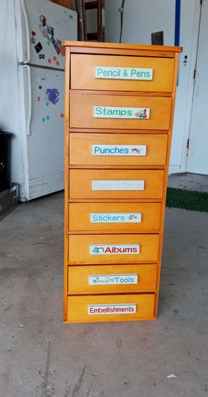Arts and crafts school supply dresser for Sale in Cape Coral, FL