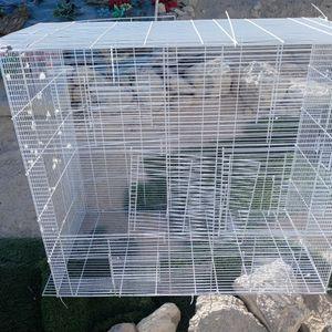 like new 6 window sliding bird cage for Sale in Las Vegas, NV