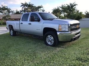 2012 Chevy Silverado 2500 Lt 4x4 Duramax diesel CLEAN TITLE! for Sale in Homestead, FL