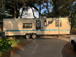 1998 / 39' Fleetwood travel trailer for sale for Sale in Tampa, FL