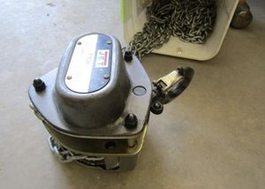1 Ton chain hoist for Sale in Donaldsonville, LA