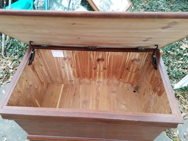 Cedar Hope Chest For Sale In Ocala Fl Offerup