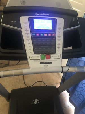 NordicTrack T5.5 Treadmill $300 for Sale in West Covina, CA