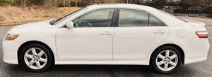 White Toyota Camry Runs Great 2009 for Sale in Worcester, MA